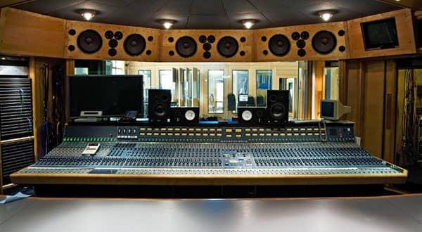 استدیو ضبط صدا